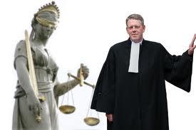 animiertes-anwalt-bild-0006
