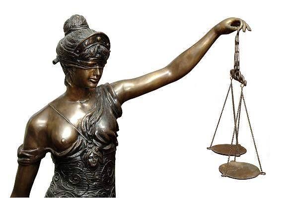 animiertes-anwalt-bild-0018